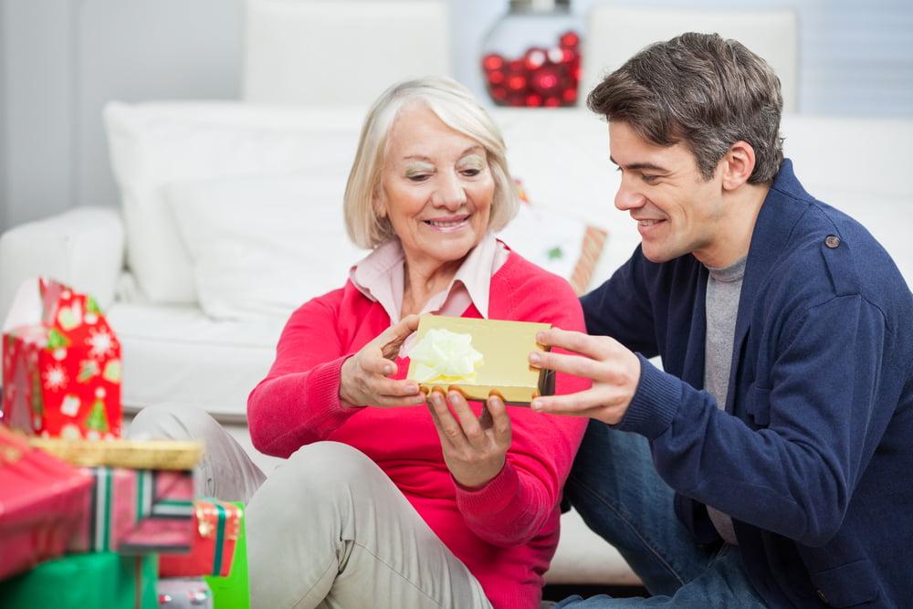 En İyi Seçeneklerle Anneye Yılbaşı Hediyesi Fikirleri