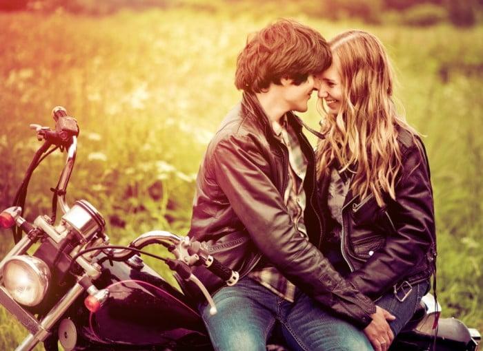 Uzun İlişkilerde Özel Günler İçin Sevgiliye Alınacak Hediyeler