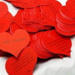 Sevgiliye Küçük Notlar Yanında Alacağınız En Güzel Hediyeler