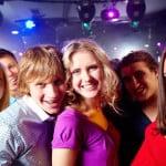 Sevgiliye Doğum Günü için Gece Kulübü ve Hediye Önerisi