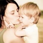 Anneler Günü Için En Özel Şarkı Ve Hediye Önerileri