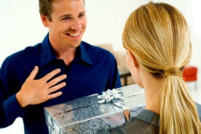 Arkadaşa Alınabilecek En iyi Ofis Hediyeleri Seçenekleri