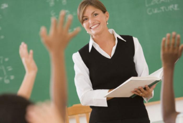 Öğretmenler Günü Hediyesi ve  En İyi 10 Hediye Seçeneği