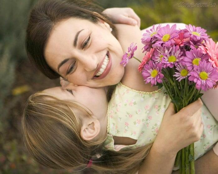 Anneye Güzel Sözler
