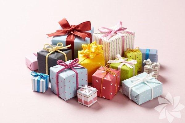 mini hediyeler gönderin