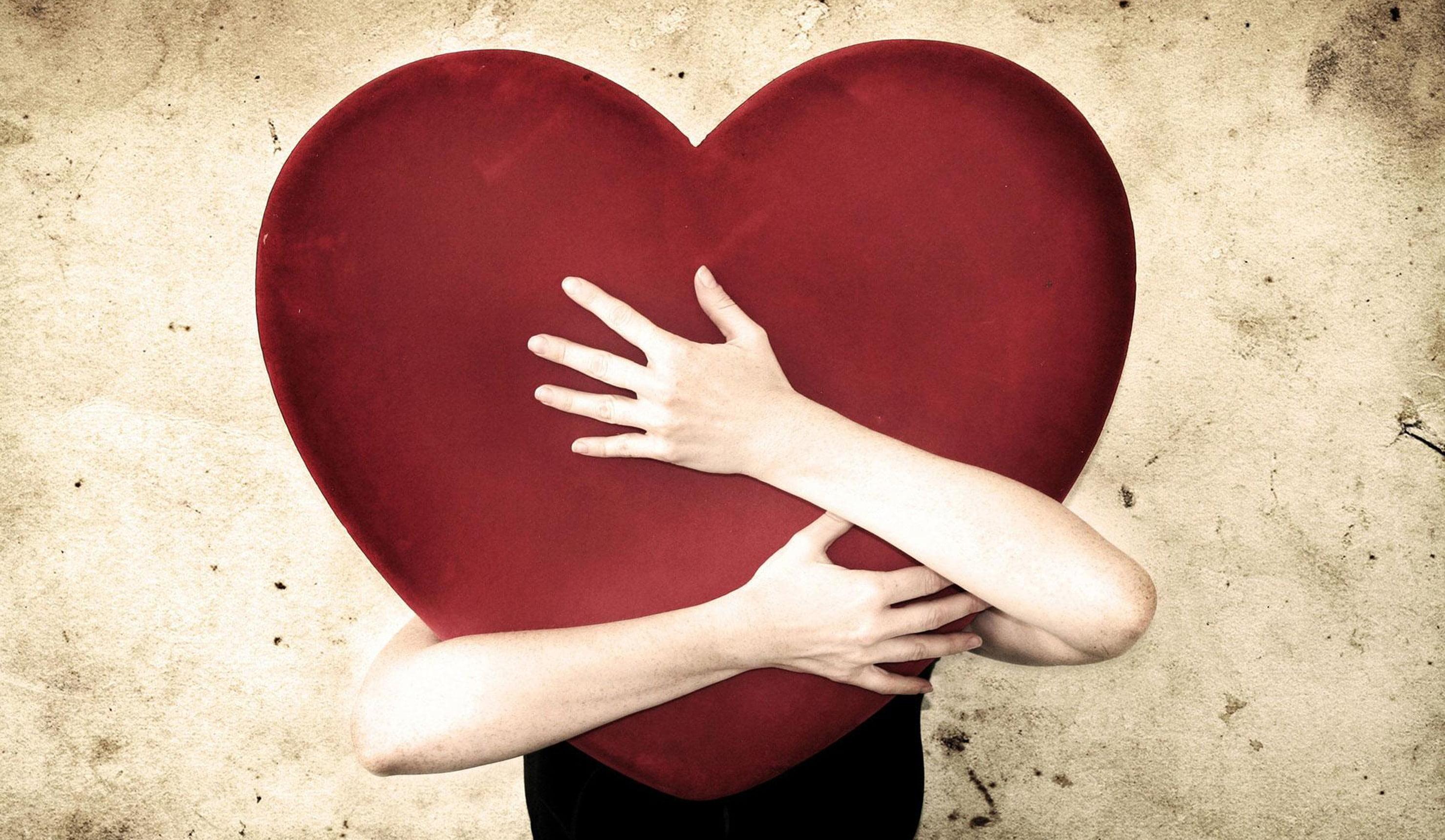 Aşk Hayatında Yengeç Burcu Kadını