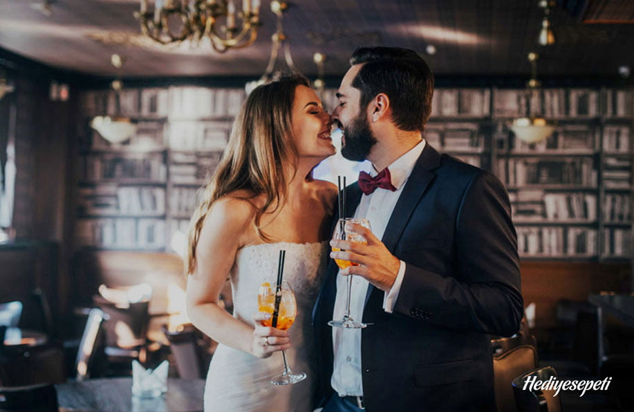 evlilik yıldönümü sürprizi