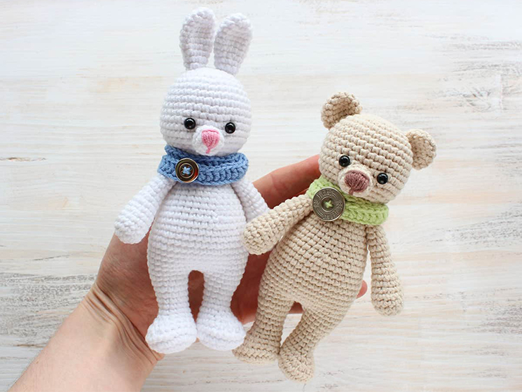örgü #bear amigurumi ayıcık yapılışı PART3 (how to make amigurumi  bear)(English subtitle) - YouTube | 560x745
