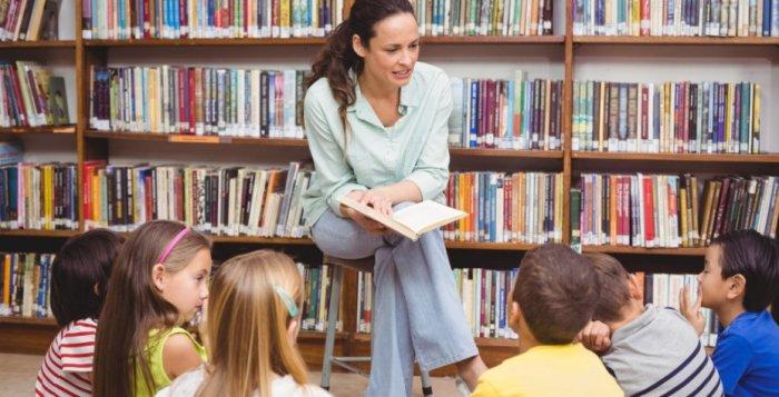 edebiyat öğretmenine hediye